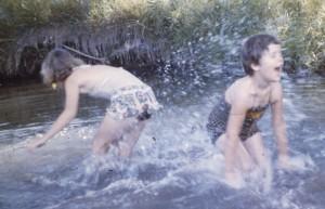 60 Marsha Pam Splashing